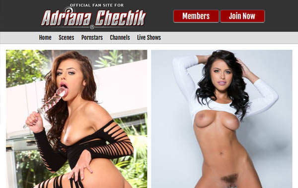 Adrianachechik With Discover Card